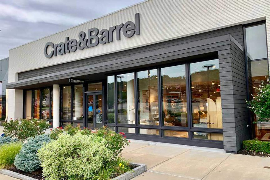 Outdoor storefront of Crate & Barrel