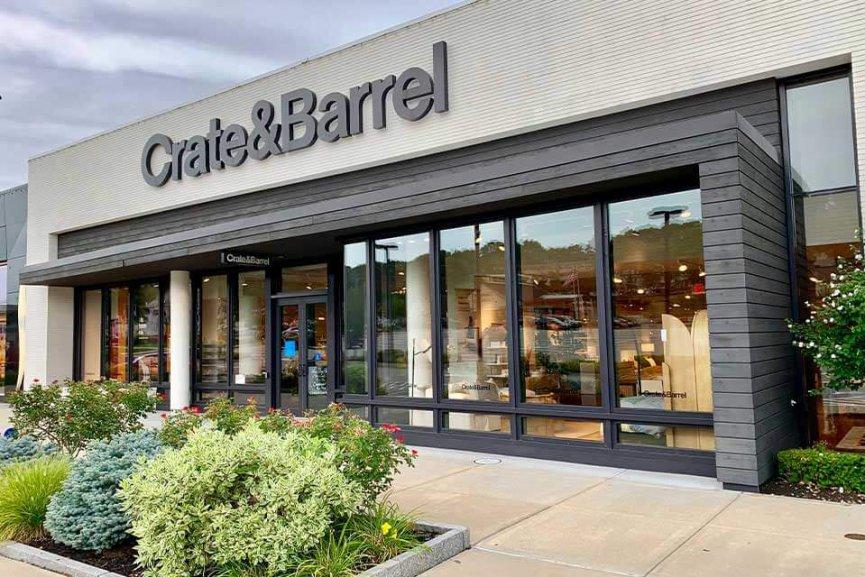 Outdoor storefront of Crate & Barrel